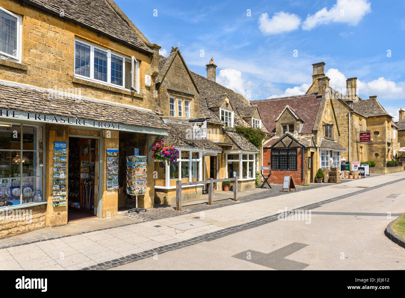 High Street Shops in Broadway, Cotswolds, UK - Stock Image