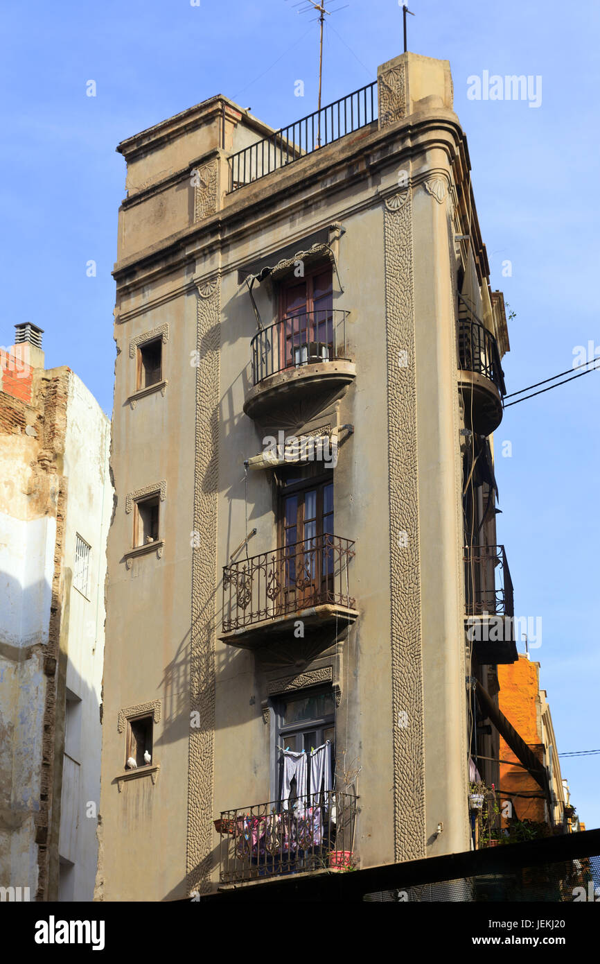 Old Apartment building in the Historic Quarter of Valencia, Spain - Stock Image