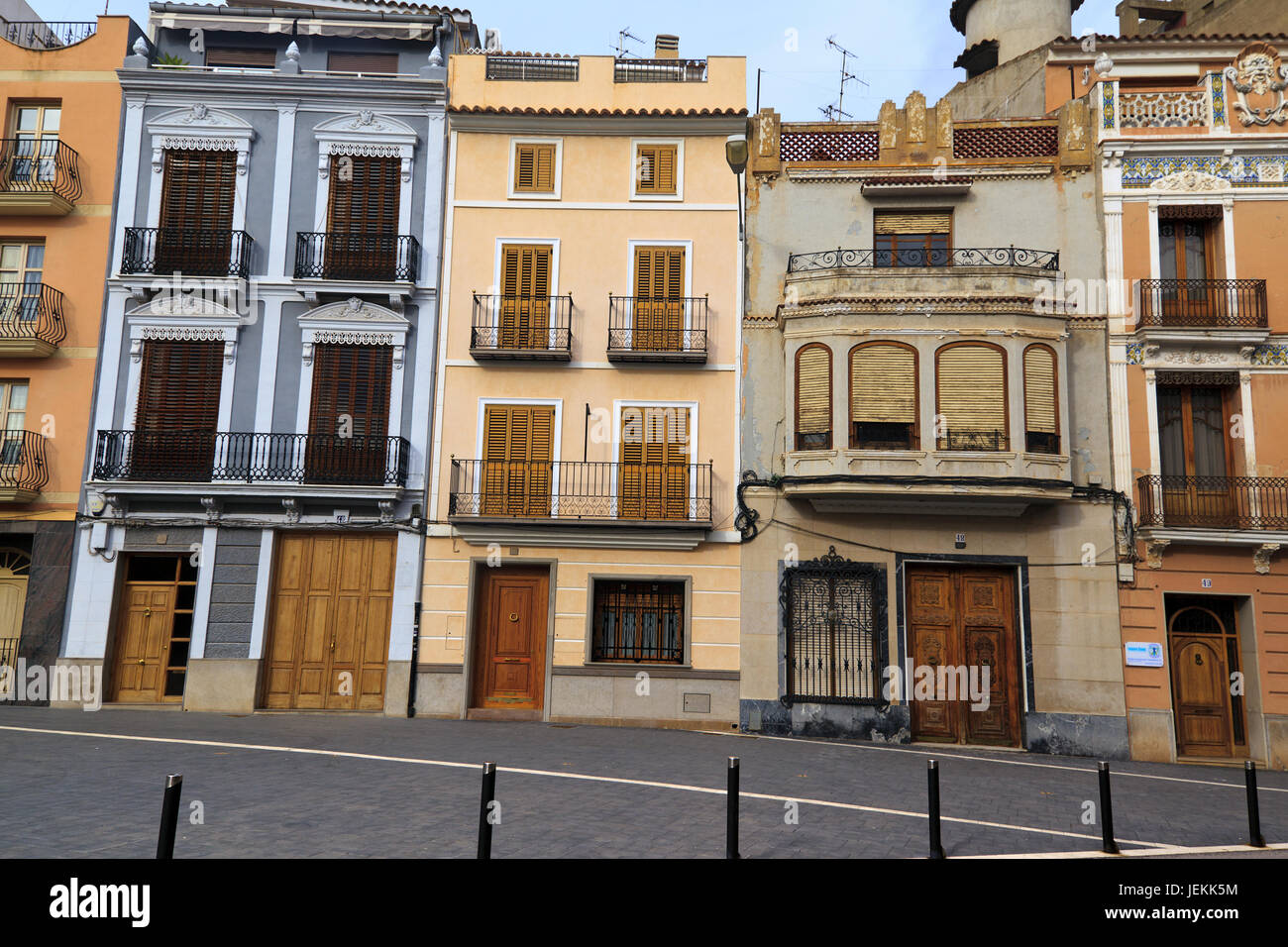 Differing architectural styles of buildings in Onda, Province of Castellon, Spain - Stock Image