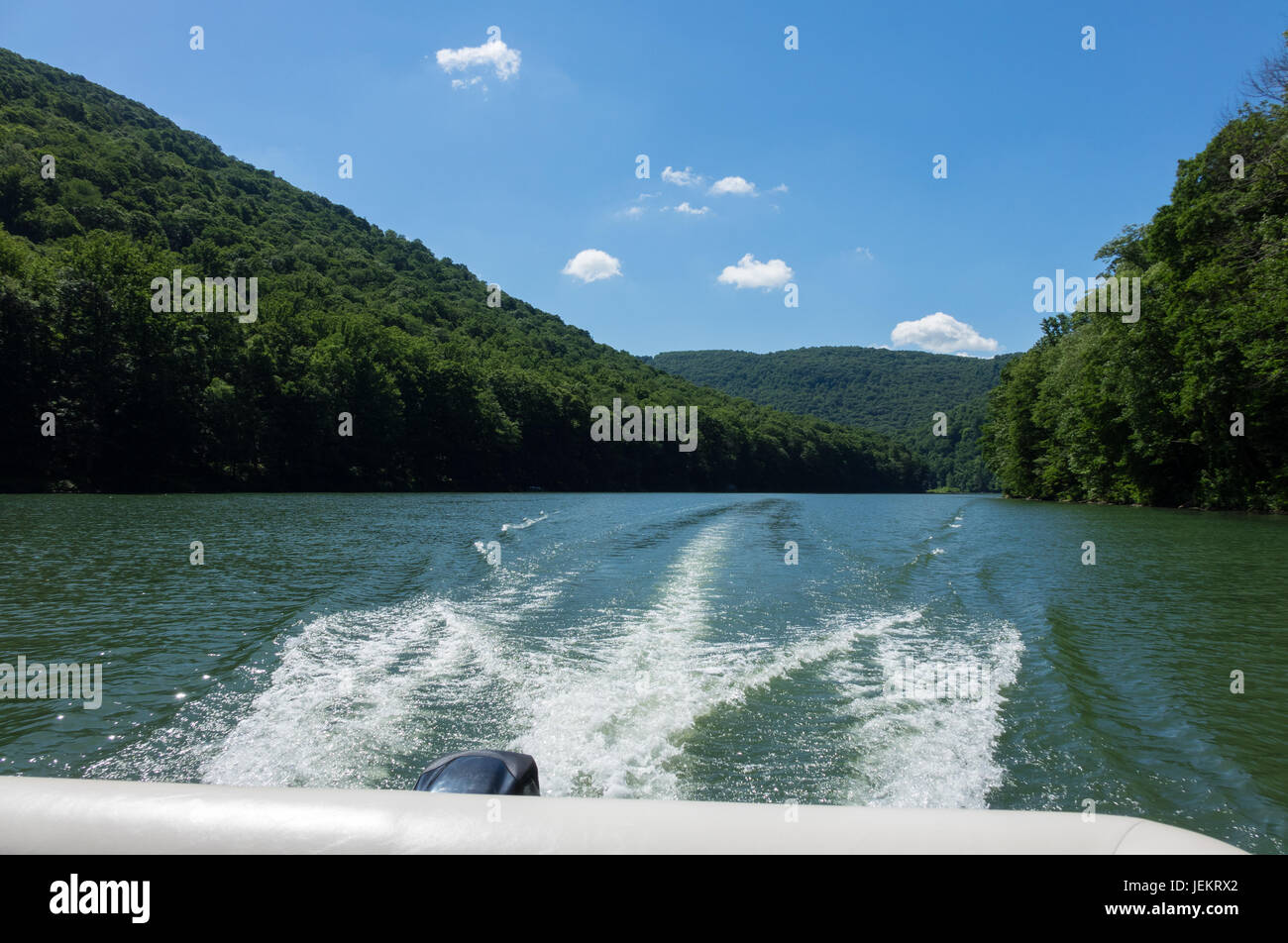 Wash behind speedboat on Cheat Lake Morgantown - Stock Image