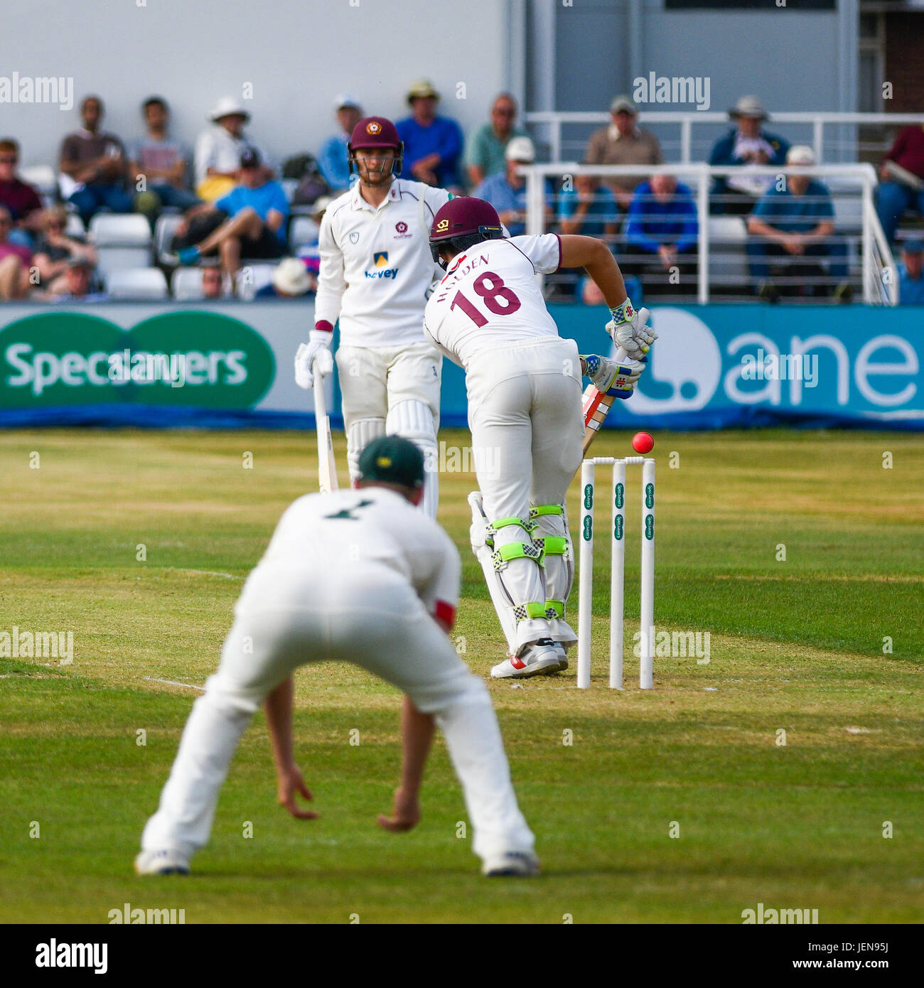 Northampton, UK. 26th June, 2017. Mark Holden  bats for Northamptonshire    during the Specsavers County Championship Stock Photo