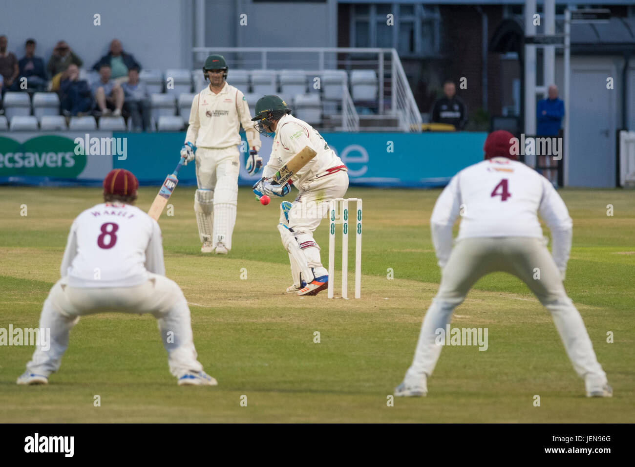 Northampton, UK. 26th June, 2017. Mark Cosgroce bats for Leicestershire during the Specsavers County Championship Stock Photo
