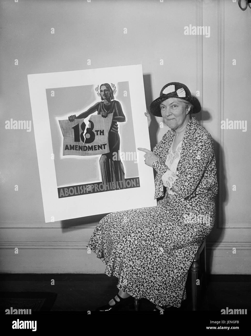 Woman Holding Poster, 'Abolish Prohibition!', USA, Harris & Ewing, 1931 - Stock Image