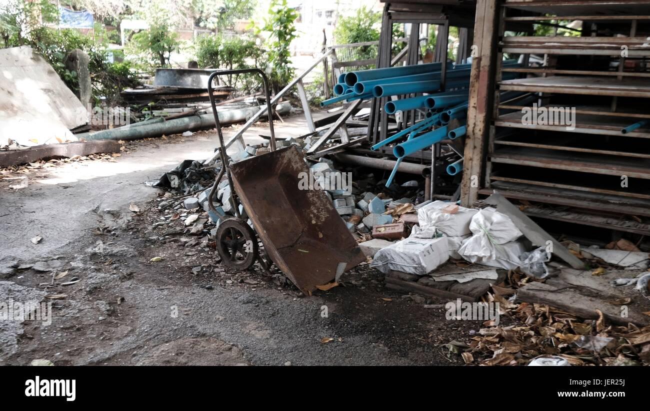 Messy Trash Pile Junk Yard Bangkok Thailand South East Asia - Stock Image