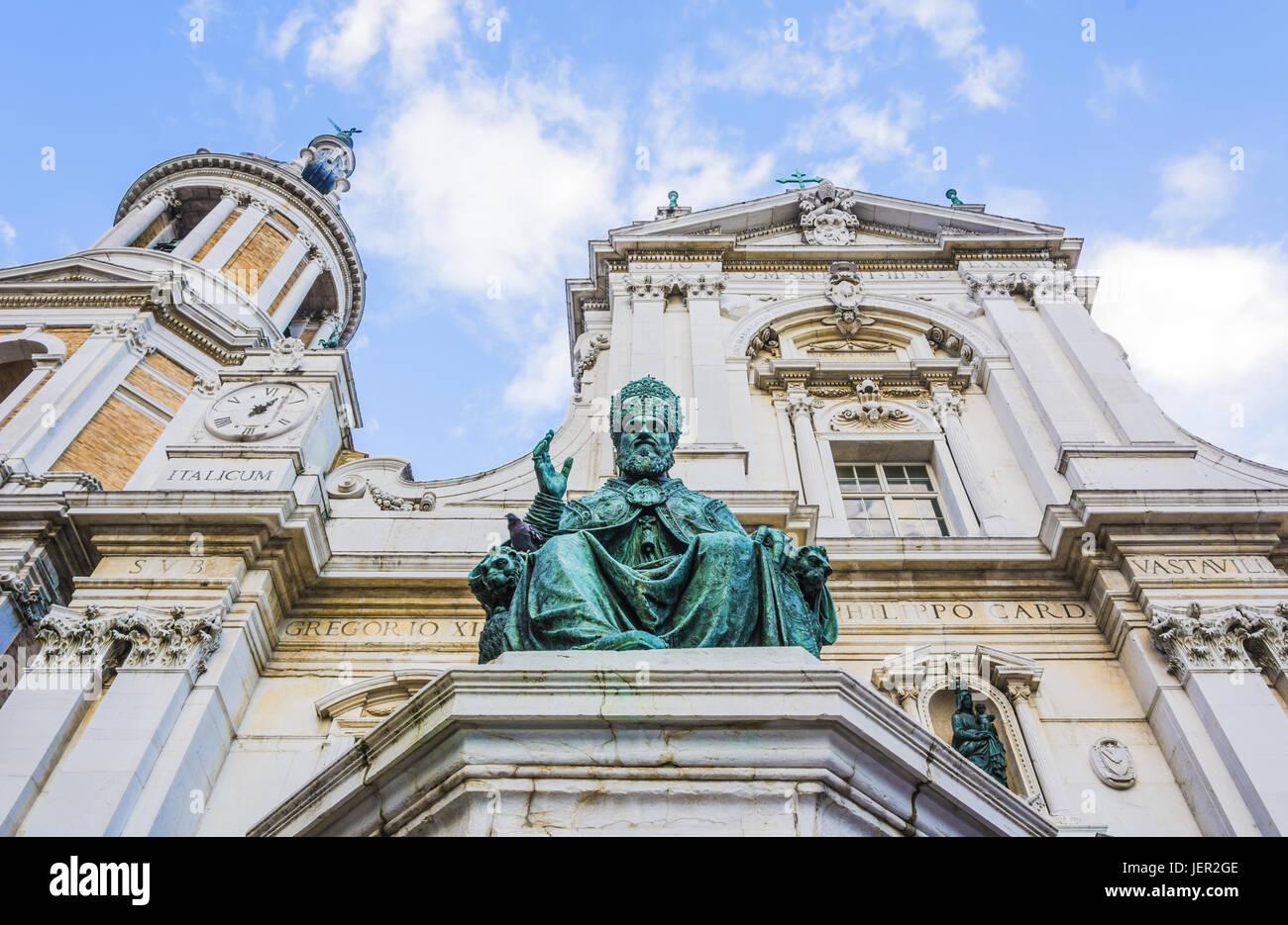Sixtus V bronze statue in Loreto, Italy - Stock Image
