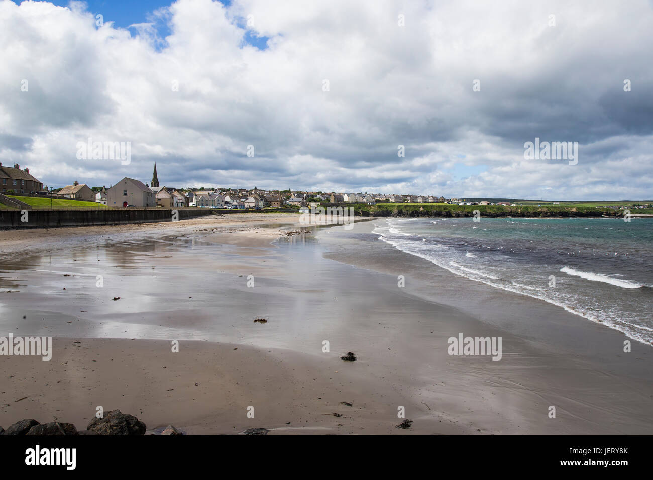 Thurso beach and town in Caithness, Northern Scotland - Stock Image