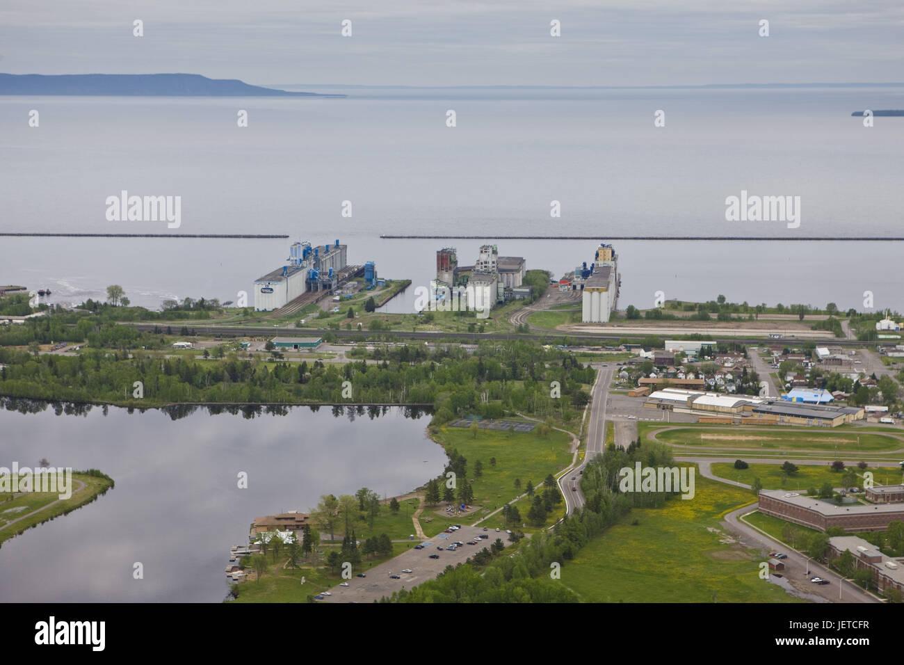 Canada, Ontario, brine Superior, Thunder Bay, warehouses, granaries, ship terminals, boulevard brine, view, - Stock Image