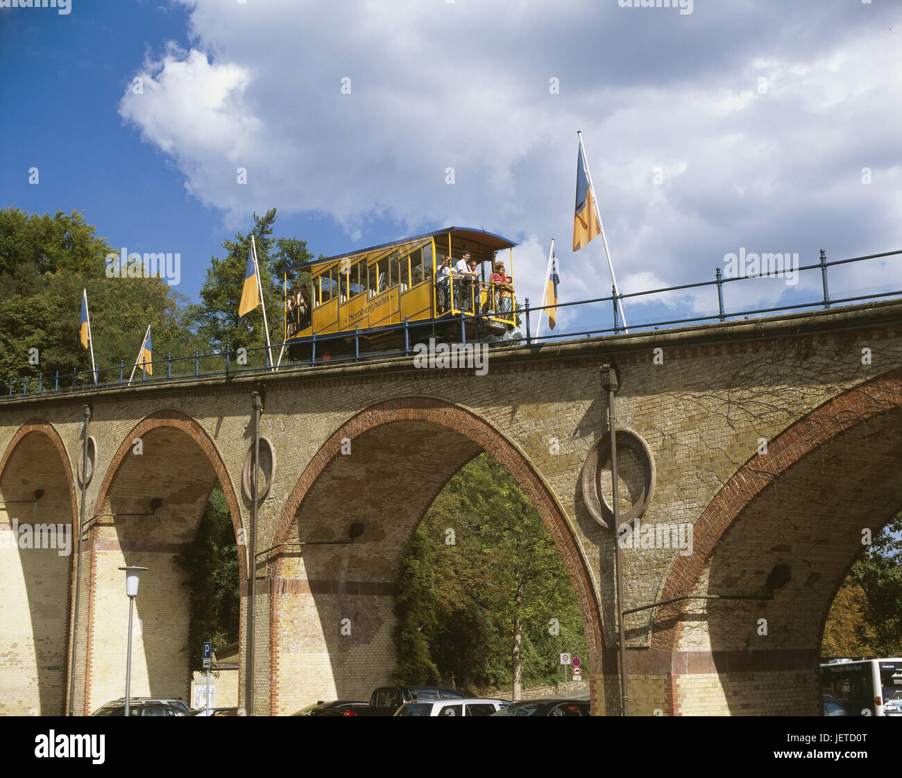 Germany, Hessen, Wiesbaden, Nerotal, mountain, viaduct, Nerobergbahn, passengers, driving downhill, summer, means - Stock Image