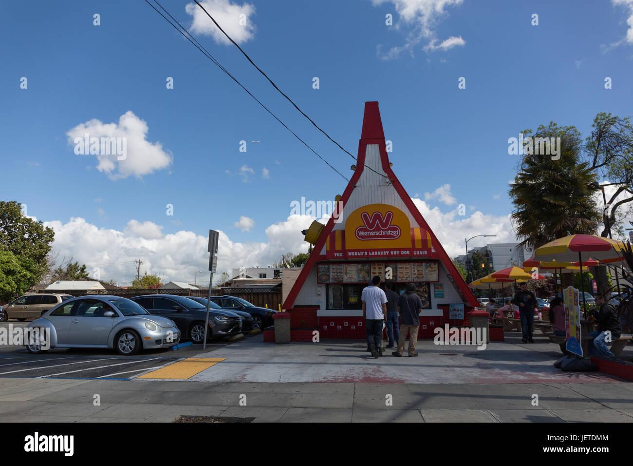 Wienerschnitzel Japantown San Jose Stock Photo 146825748 Alamy