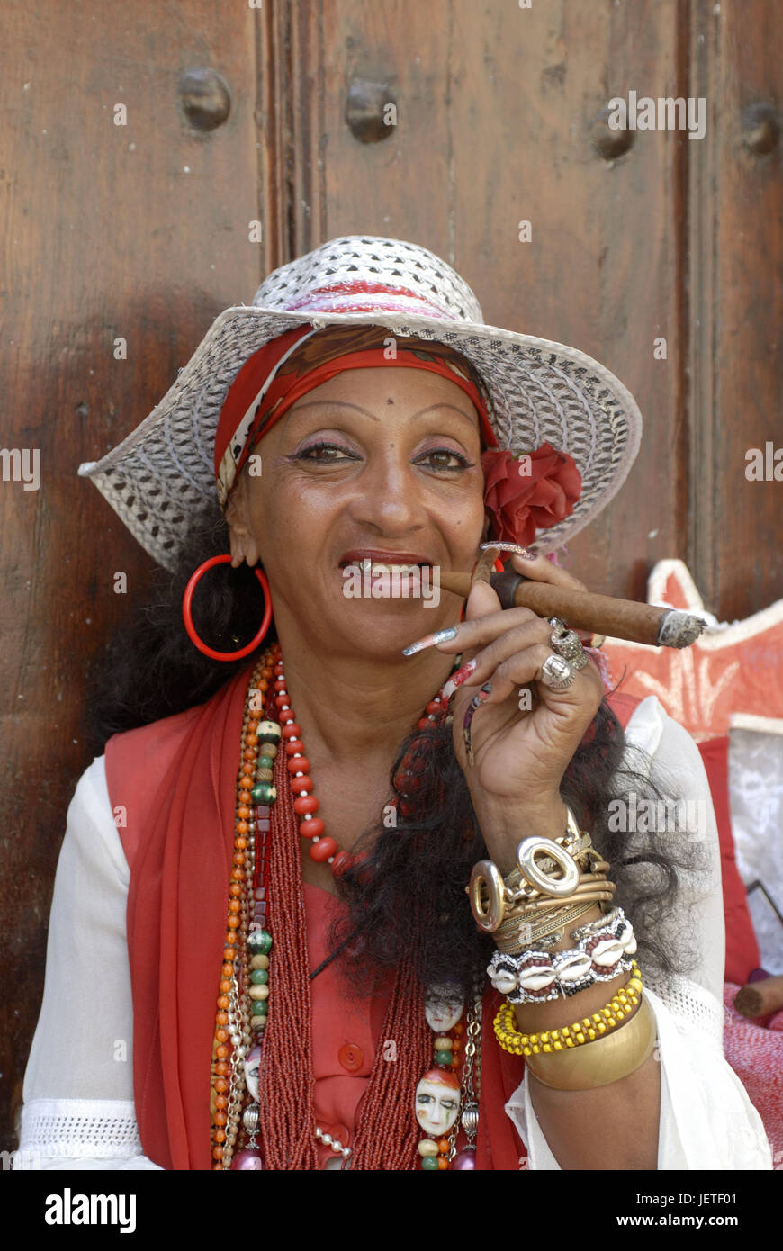 Cuba, Havana, Cuban, cigar, smoke, portrait, the Caribbean, island, person, locals, woman, care, solar hat, headgear, - Stock Image
