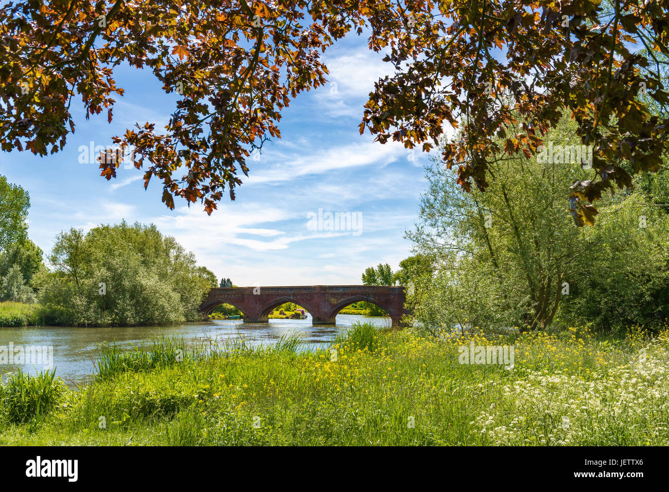 Clifton Hampden Bridge over Thames, Oxfordshire, UK - Stock Image