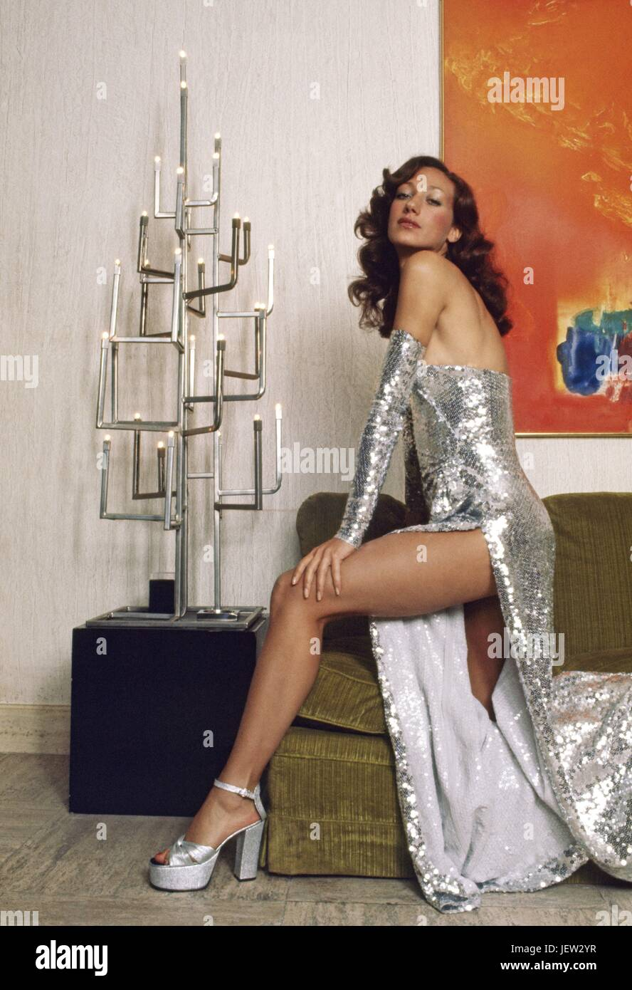 Discussion on this topic: Katherine Kelly (actress), marisa-berenson/
