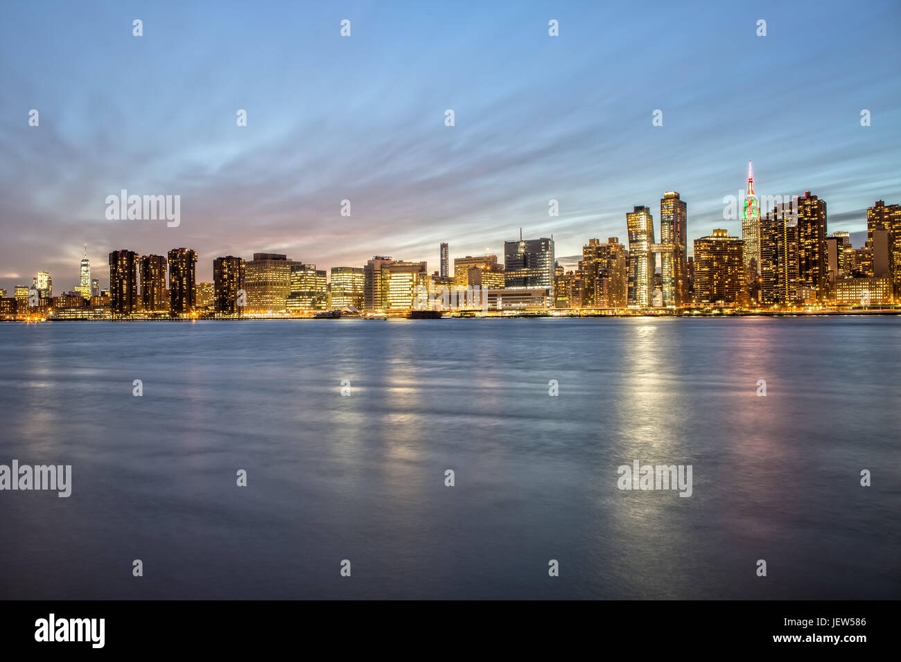 New York Skyline from Gantry Plaza at Blue Hour - Stock Image