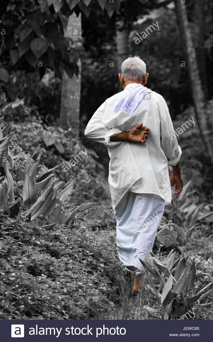 old man kerala stock photos old man kerala stock images alamy