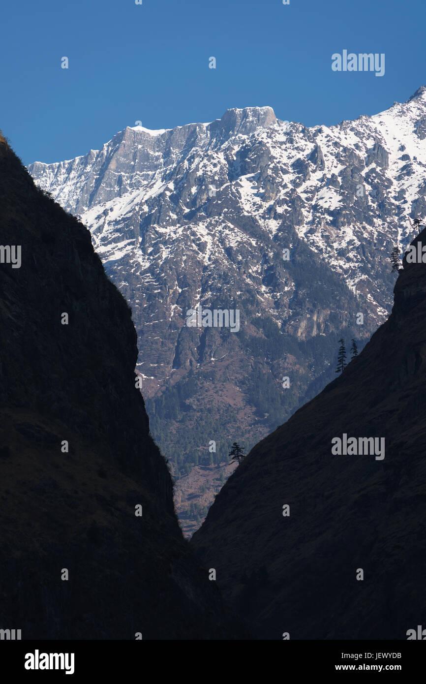 Annapurna range near Tal, Nepal. - Stock Image