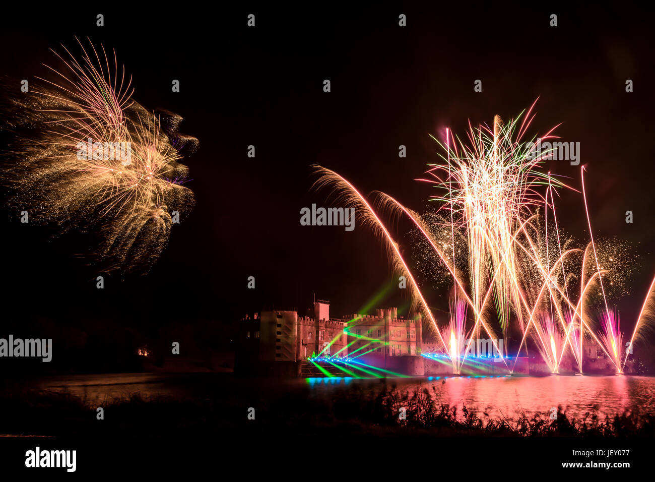 LEEDS CASTLE ANNUAL FIREWORKS DISPLAY,   (A MUST SEE EVENT) Stock Photo