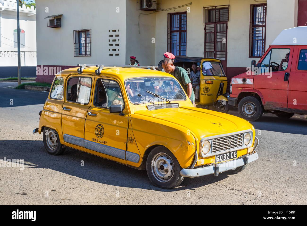 African Car Check Stock Photos & African Car Check Stock