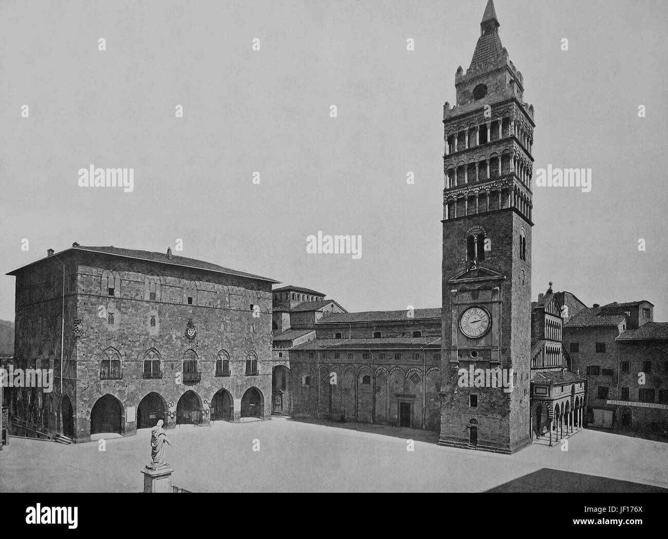 Historical photo of Pistoia, church S. Giovanni Fuorcivitas, bell tower of the cathedral in Piazza Duomo, Tuscany, - Stock Image