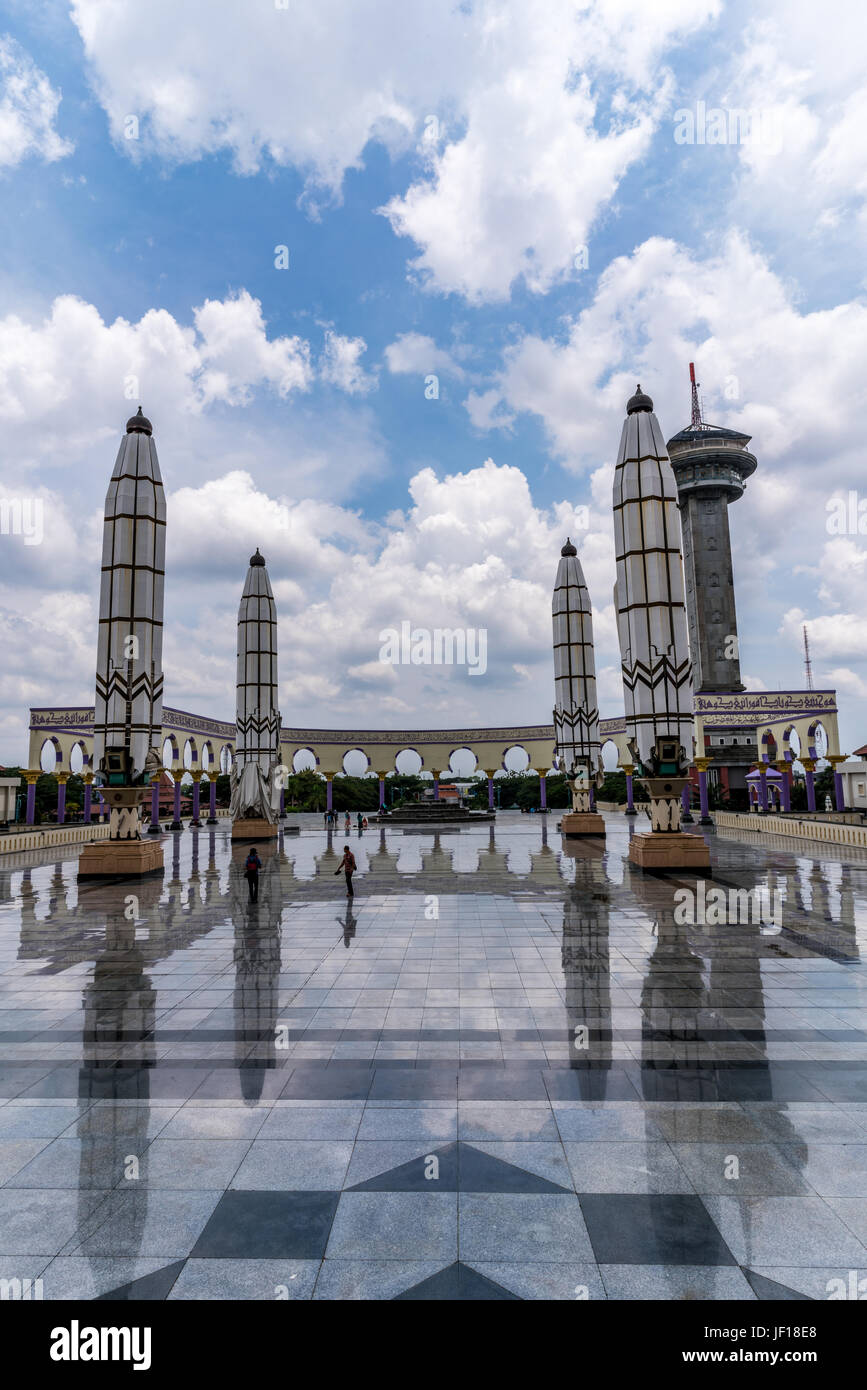 Clear view of the prayer area and the minaret of the Great Mosque of Central Java, Indonesia. - Stock Image