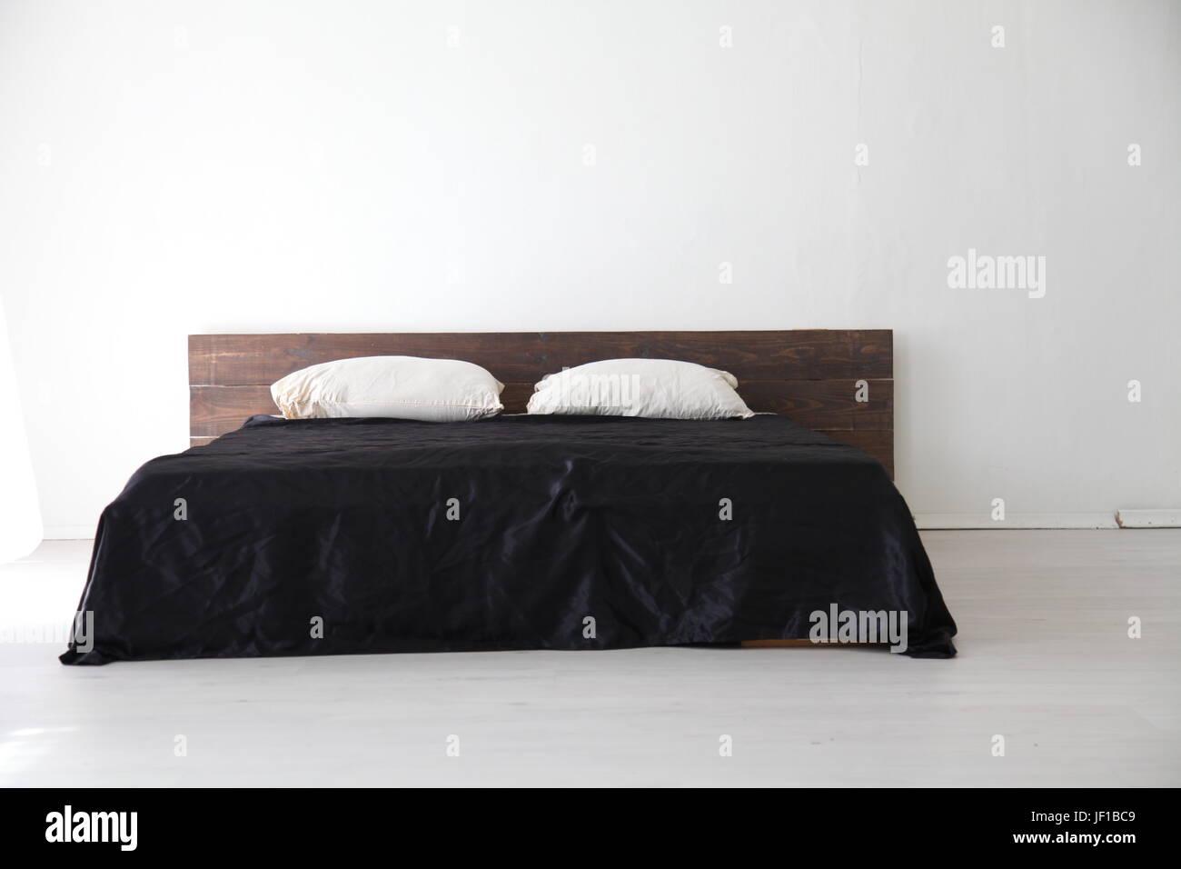 Lenzuola Matrimoniali Stock.Bed Sheets Bedroom Stock Photos Bed Sheets Bedroom Stock Images