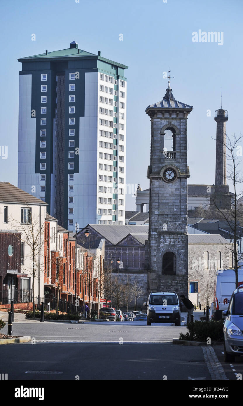 Copyrighted Image by Paul Slater/PSI - Mountwise Towers, the Old Market Hall and Devonport Column, Plymouth. - Stock Image
