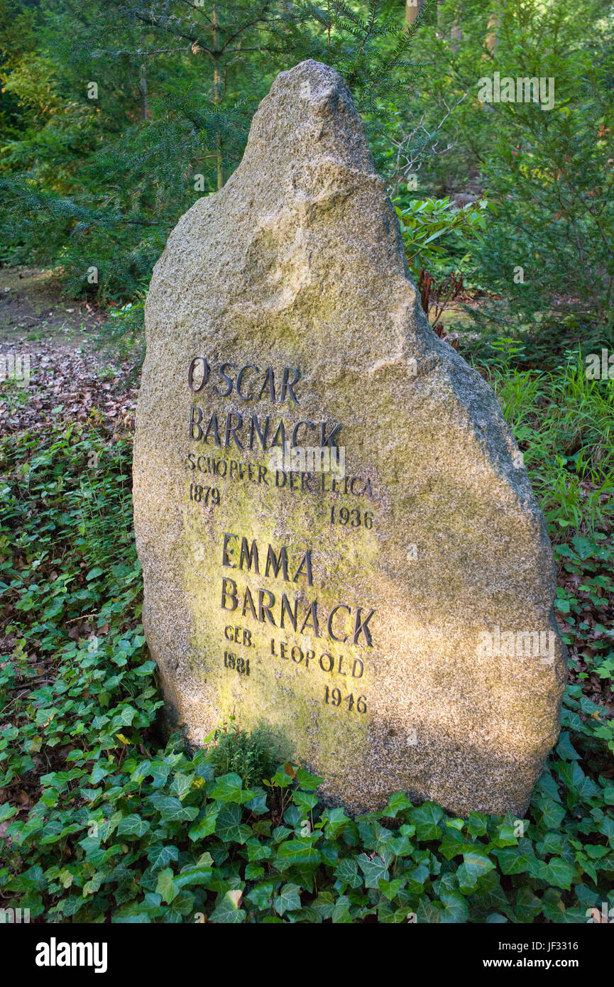 Gravestone of Oskar Barnack and Emma Barnack in Wetzlar cemetery, Germany - Stock Image