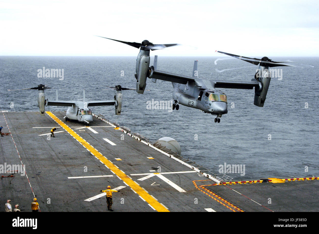 051115-N-3527B-068  A U.S. Marine Corps MV-22B Osprey executes a vertical take off from the flight deck of the amphibious - Stock Image