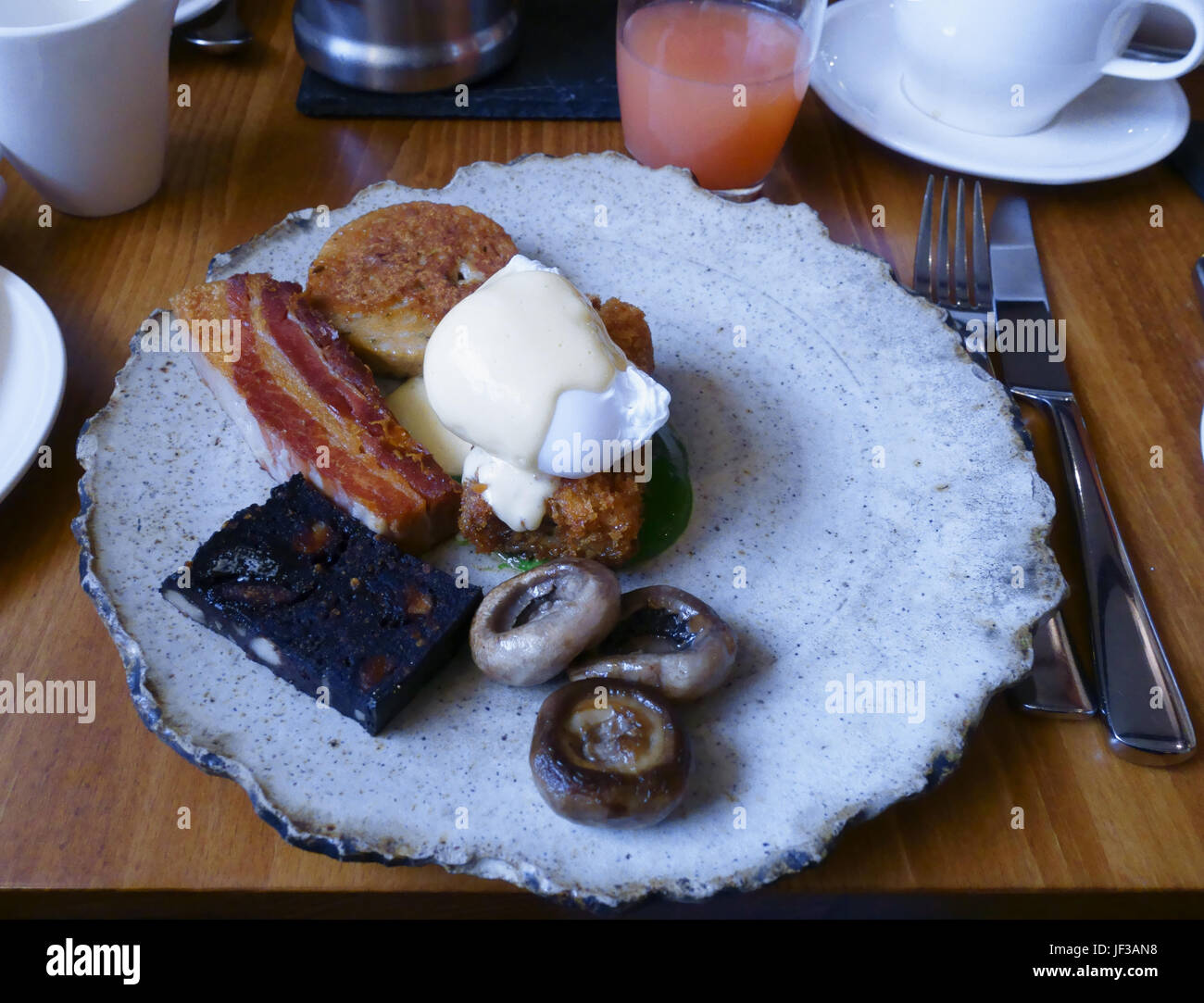 breakfast at Rogan and co Cartmel Cumbria - Stock Image