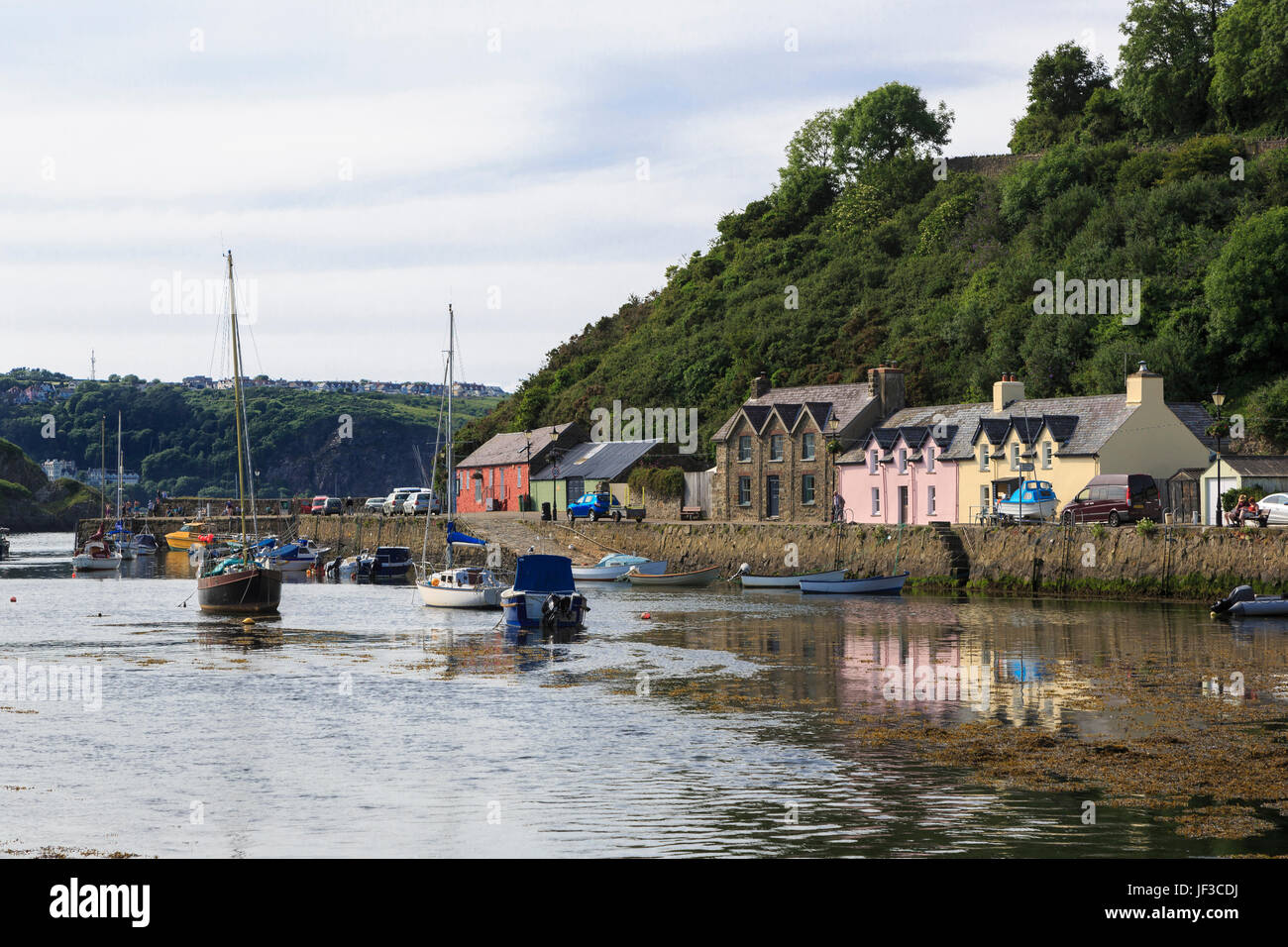 Lower Fishguard harbour, Pembrokeshire, Wales, UK. - Stock Image