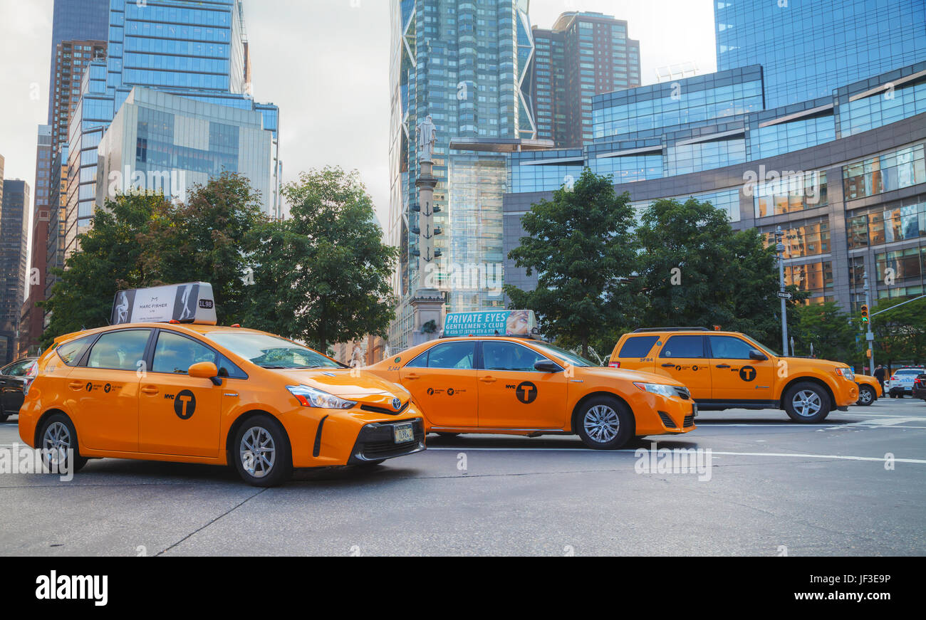 Yellow cabs in New York City - Stock Image