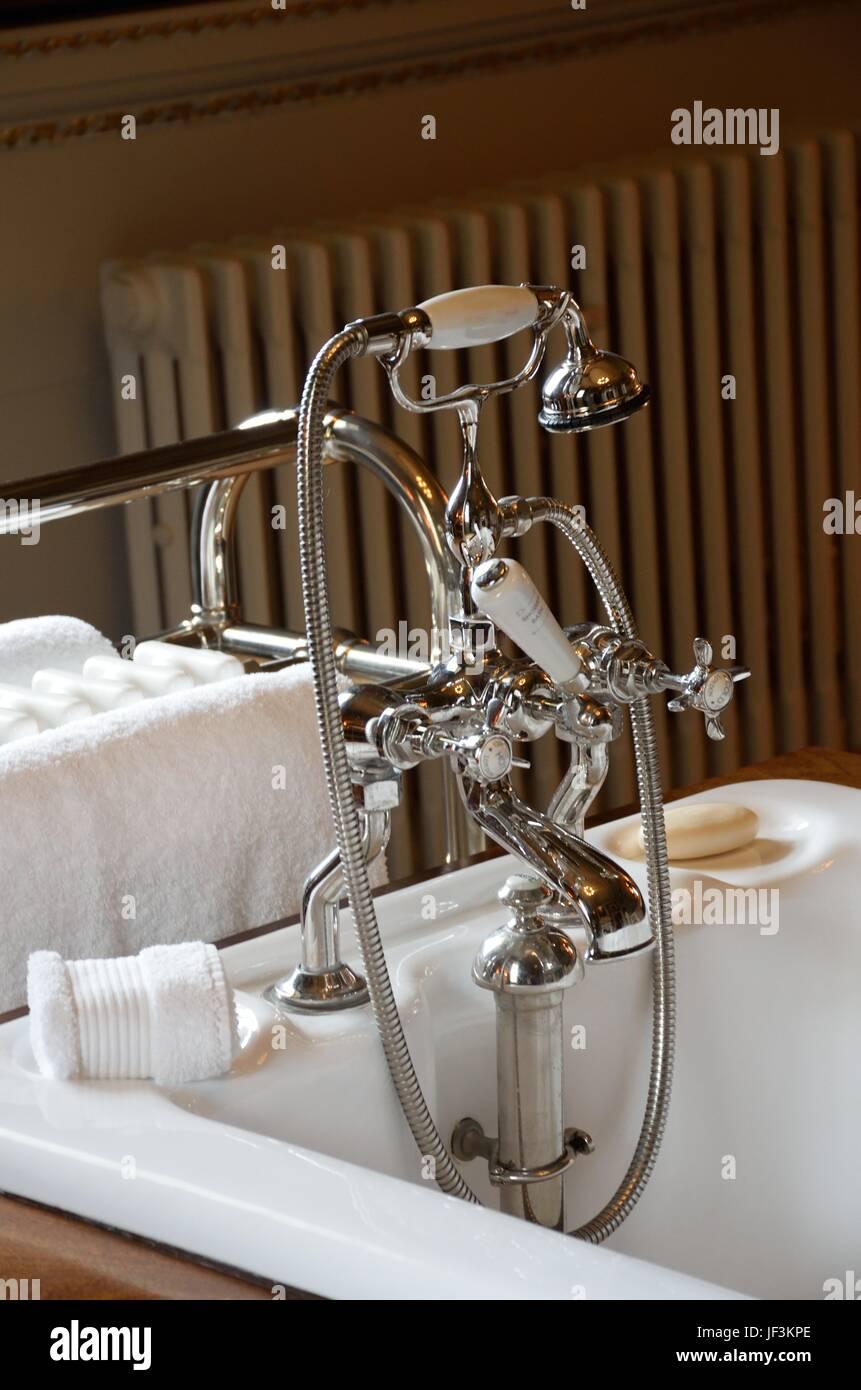 Antique chrome bath taps Stock Photo: 146984166 - Alamy