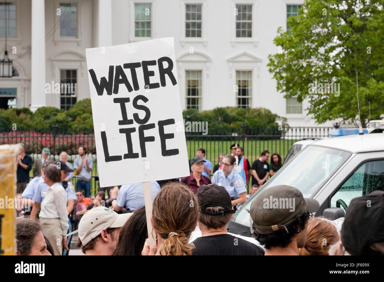September 03, 2011:  Environmental activists protesting Keystone XL pipeline (tar sands, environmental protest) - Stock Image