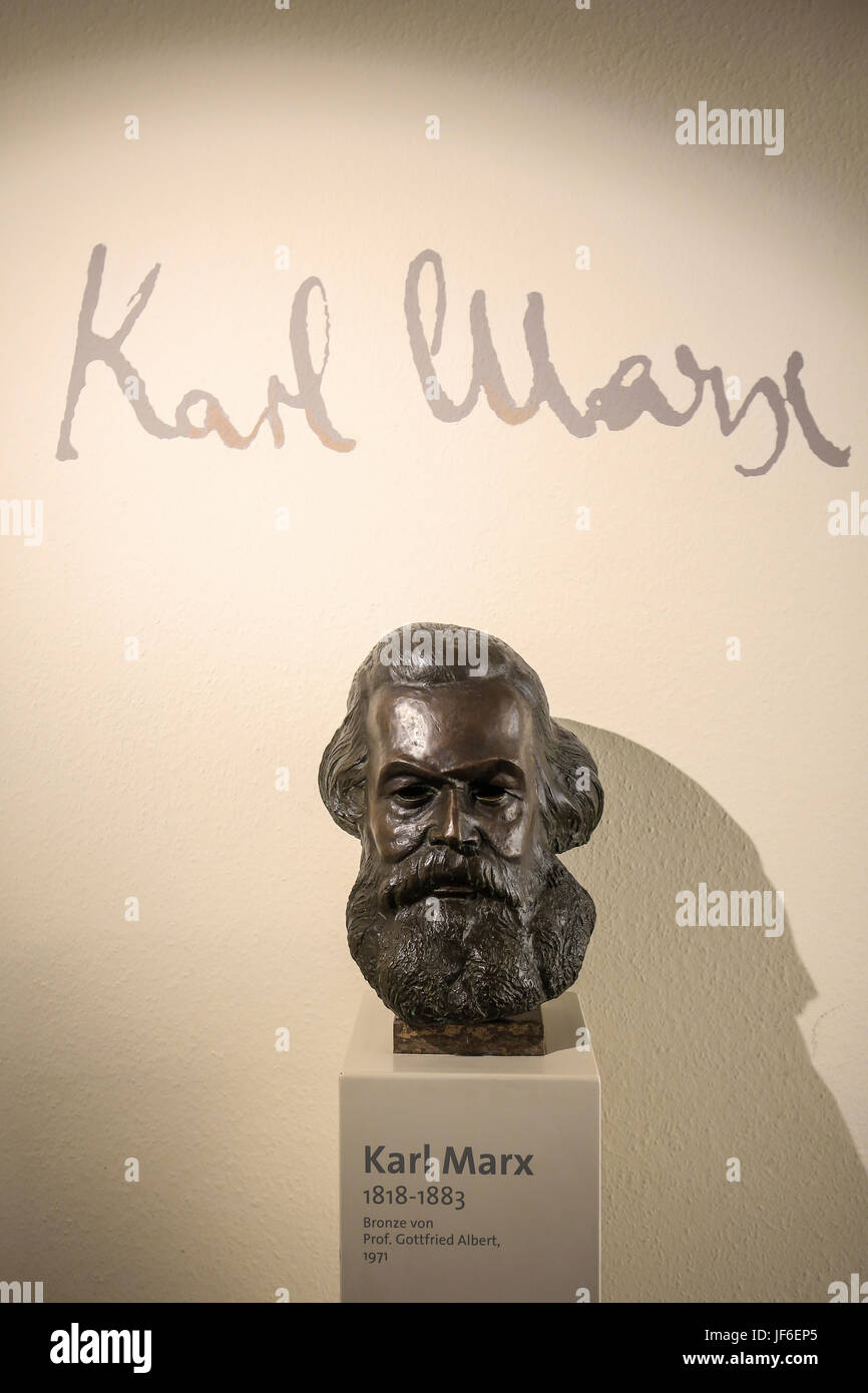 Bust of Karl Marx in the Karl-Marx-Haus, birthplace of Karl Marx, Trier, Rhineland-Palatinate, Germany, Europe, - Stock Image