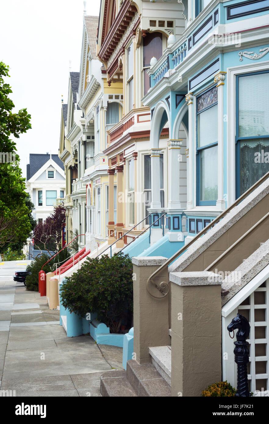San Francisco, California, the colours traditional houses of Alamo square - Stock Image