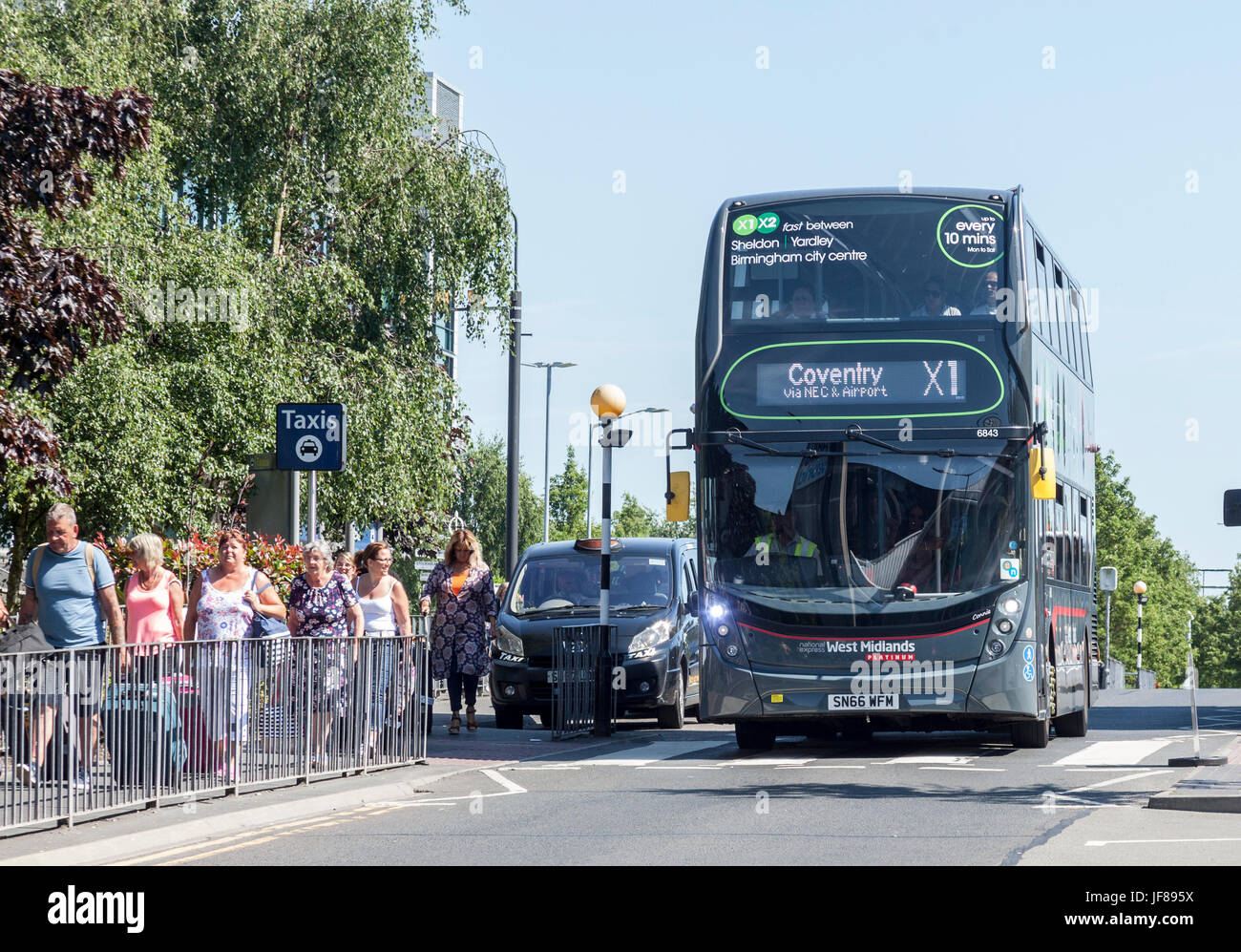 X1 Bus High Resolution Stock Photography And Images Alamy