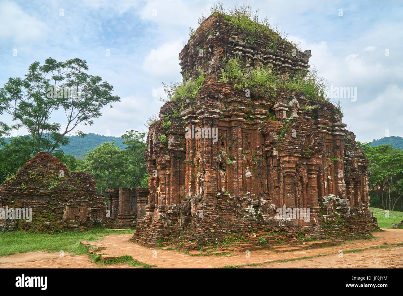 Old reiligous buildings from the Champa empire - cham culture. In my son, near Hoi an, Vietnam. World heritage site. - Stock Image