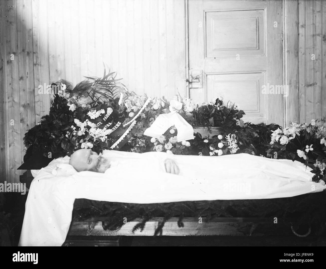 Post mortem portrait, ca 1910-1930 32755297693 o - Stock Image