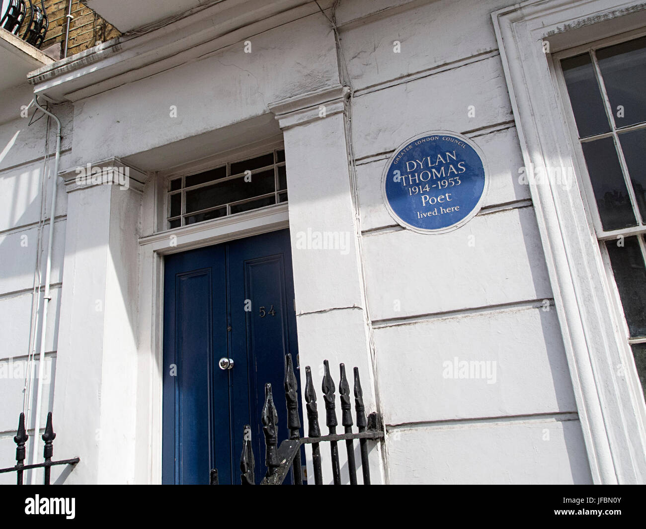 Dylan Thomas lived here Plaque - Camden Town - Stock Image