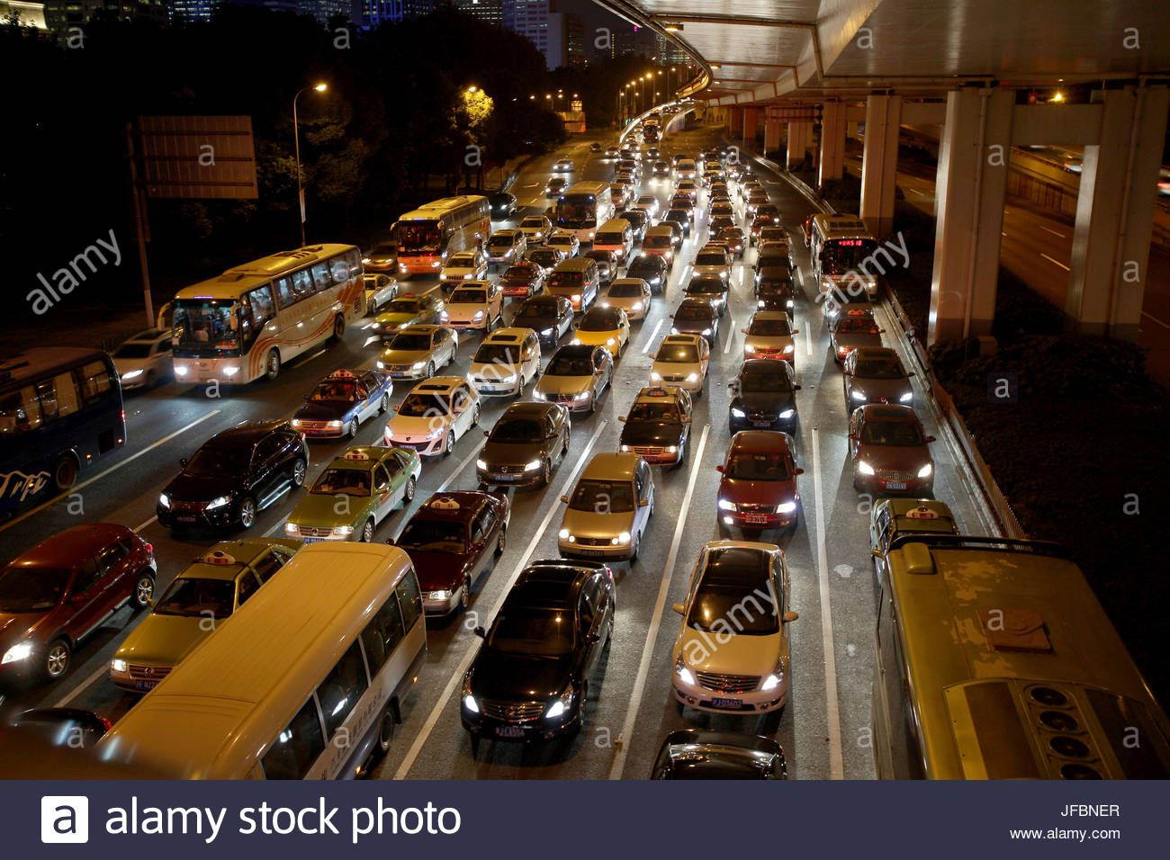 Heavy traffic during rush hour in central Shanghai. - Stock Image