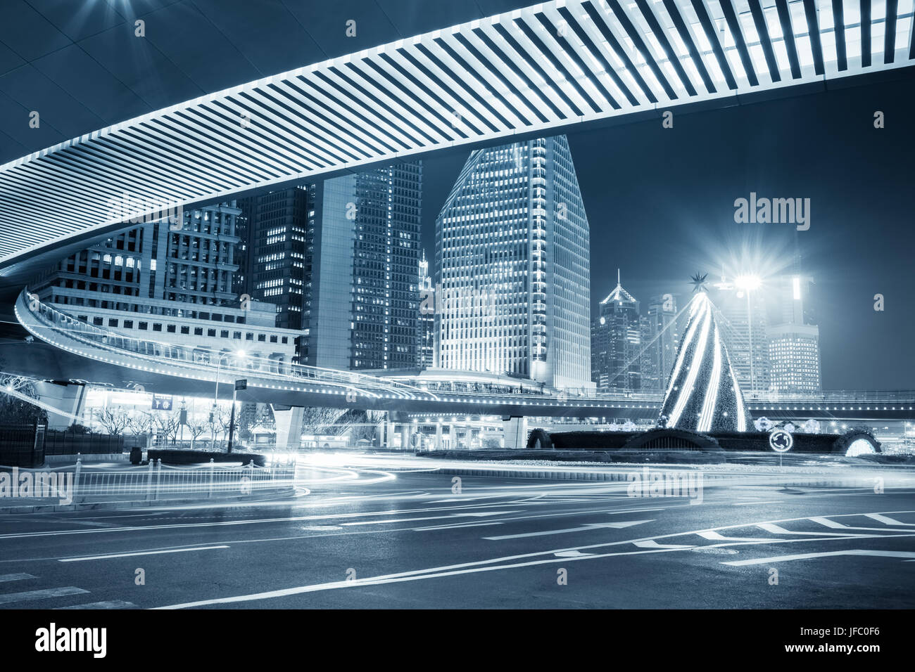 night view of the downtown in shanghai - Stock Image