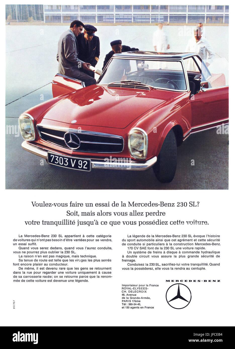 Double page Publicité Advertising 1998 MERCEDES 200 D