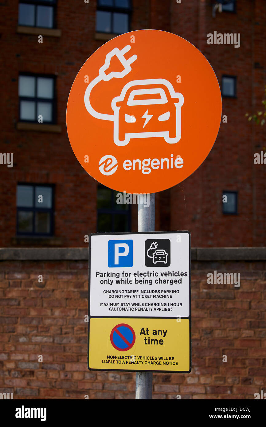 Electric car charging point , Congleton Town Centre, Cheshire East, England. - Stock Image