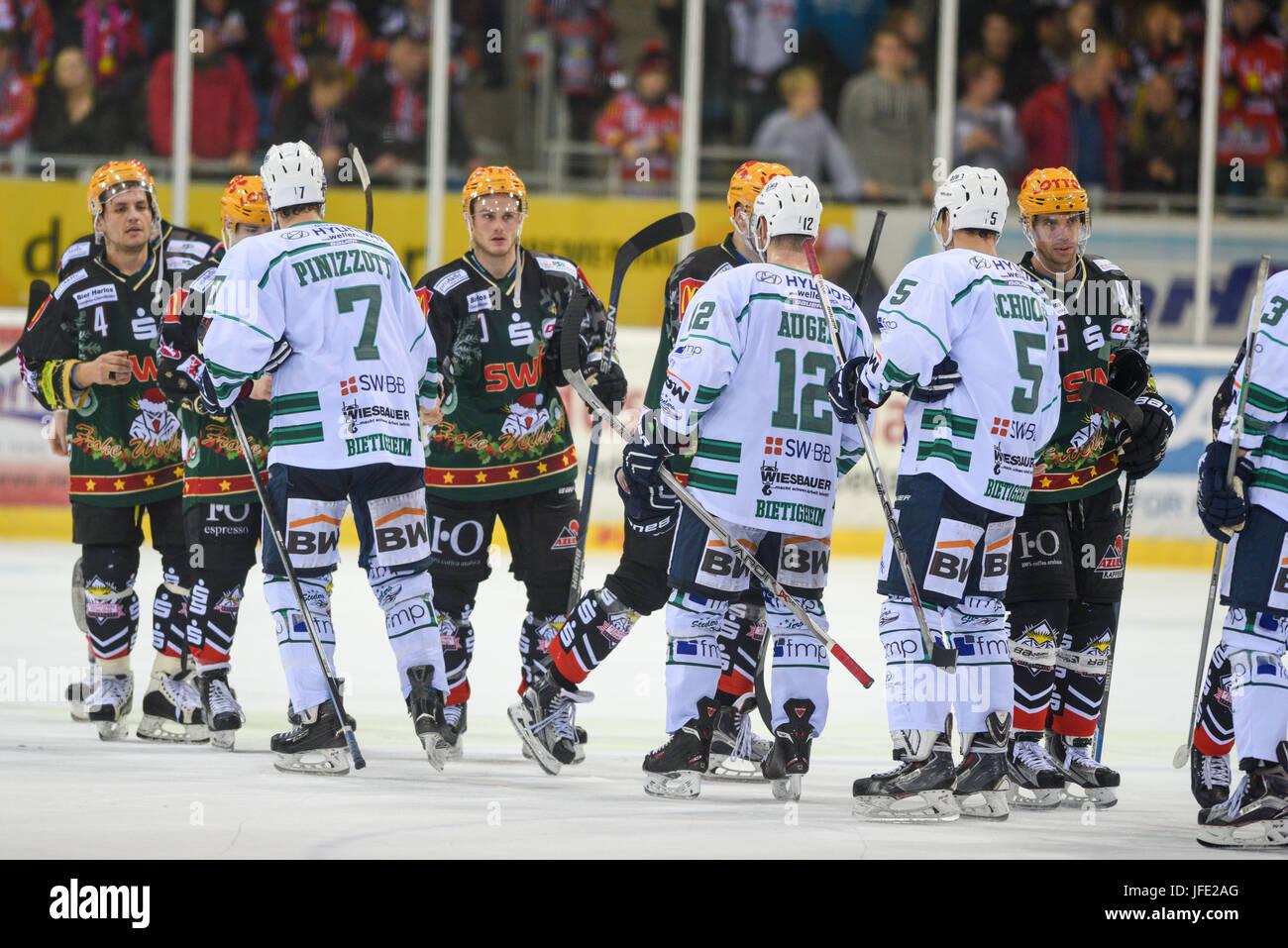 Icehockey Fishtown Pinguins vs. Bietigheim - Stock Image