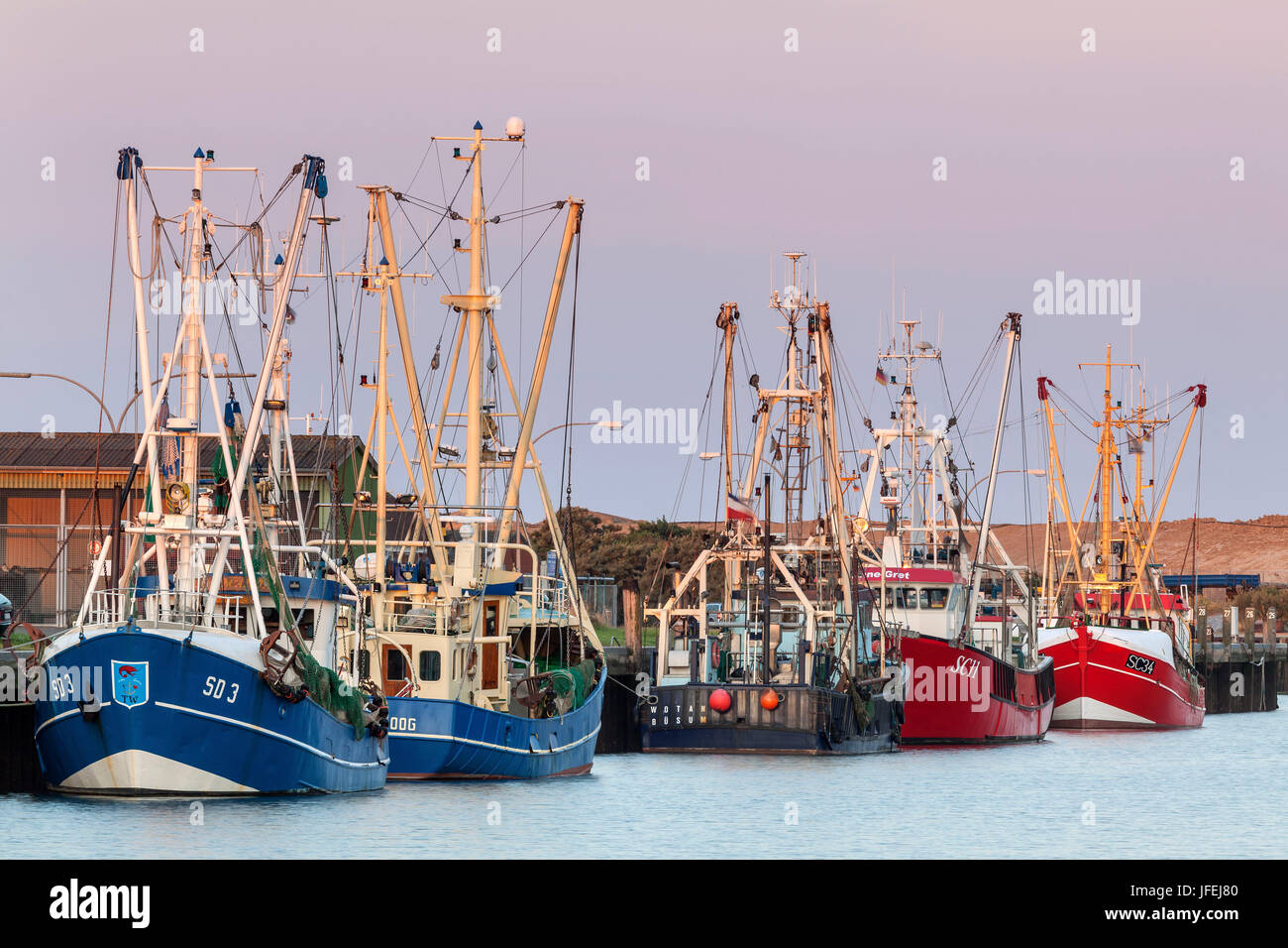 Crab cutters in the harbour, Büsum, Ditmarsh, Schleswig - Holstein, North Germany, Germany - Stock Image