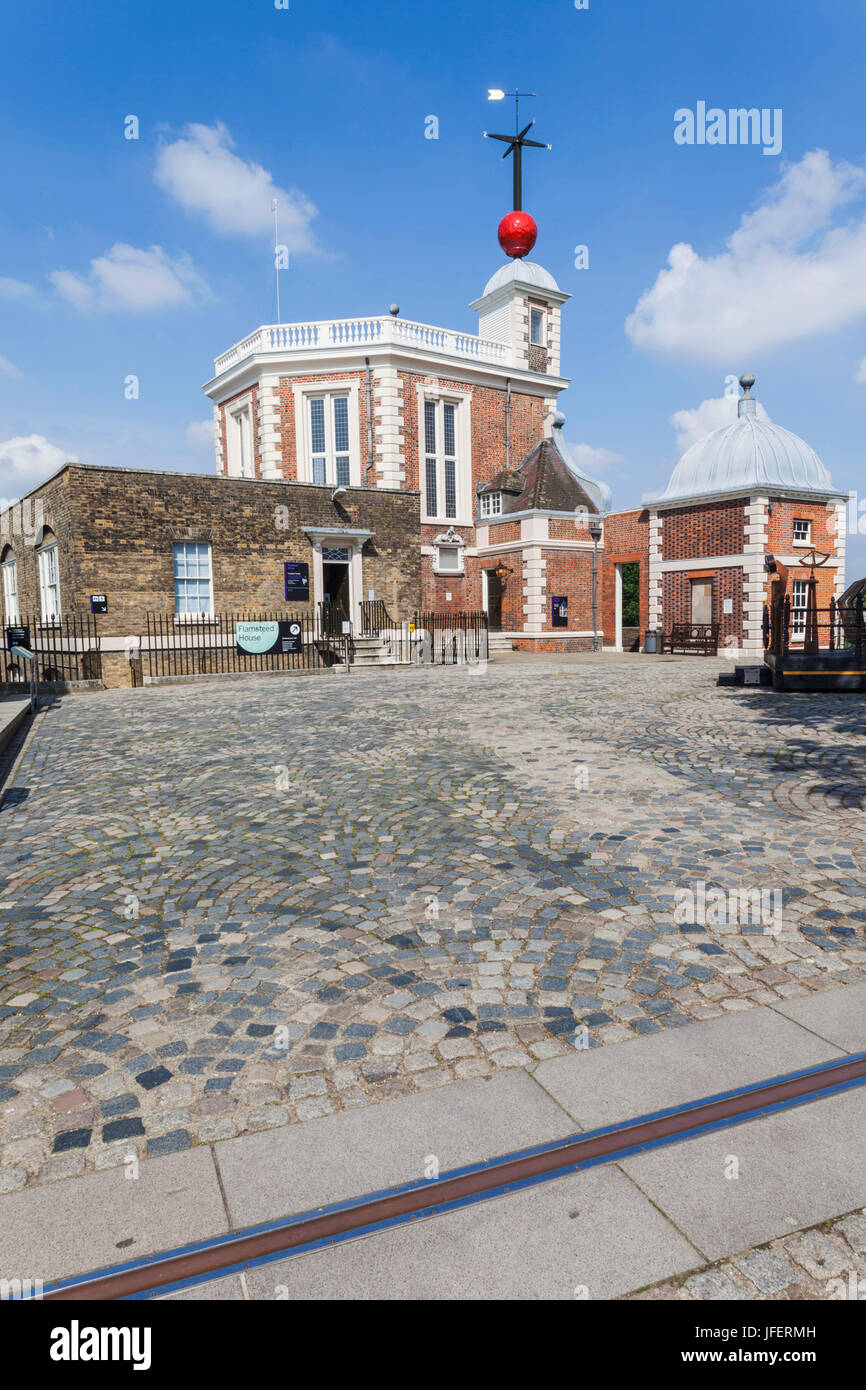 Line House Located In London: Greenwich Meridian Stock Photos & Greenwich Meridian Stock