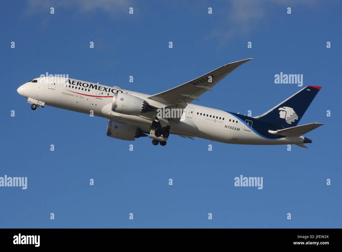 AEROMEXICO 787 - Stock Image