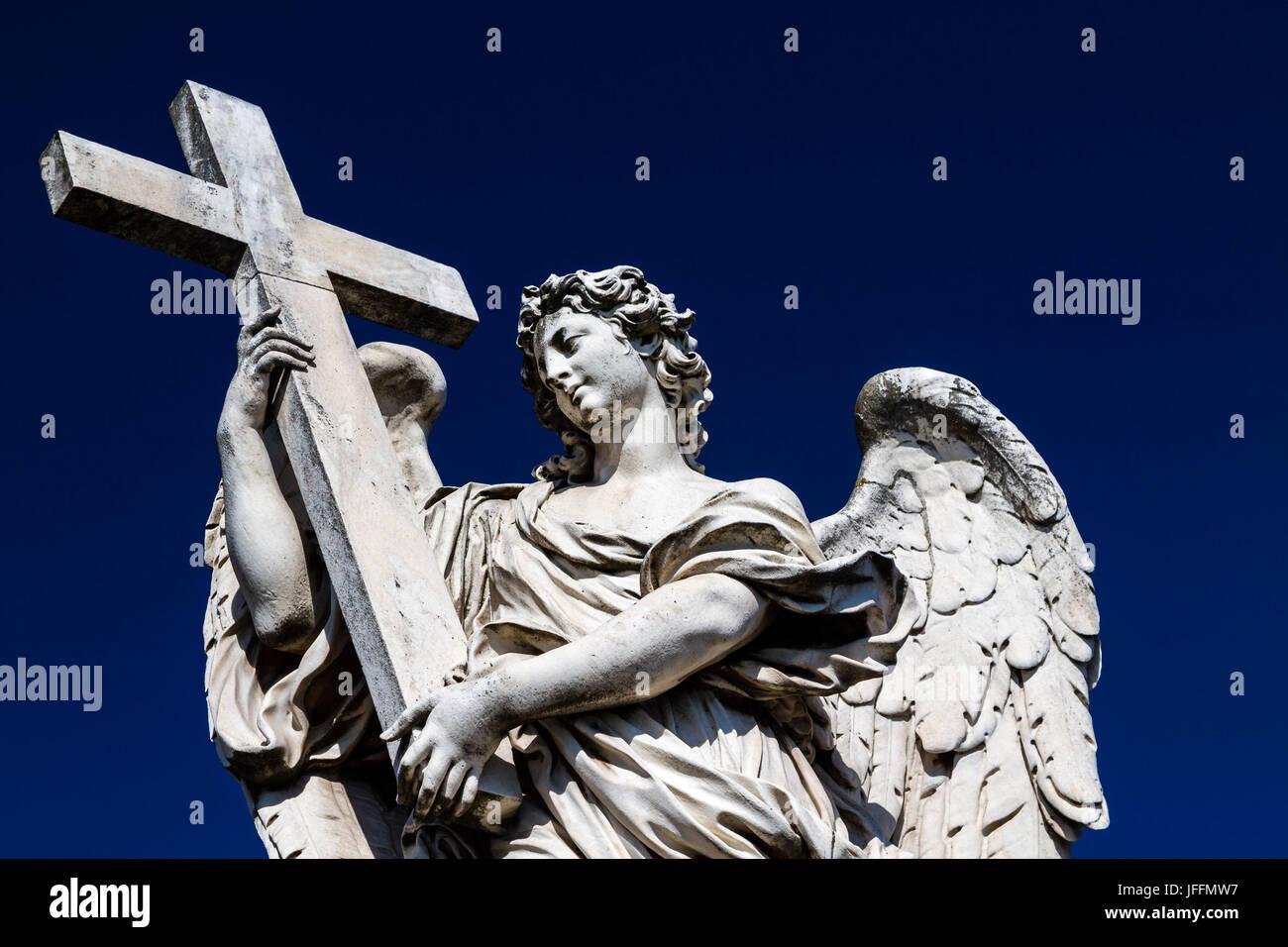 Statue Adorning the Bridge of Angels (Ponte Sant'Angelo), Rome, Italy - Stock Image