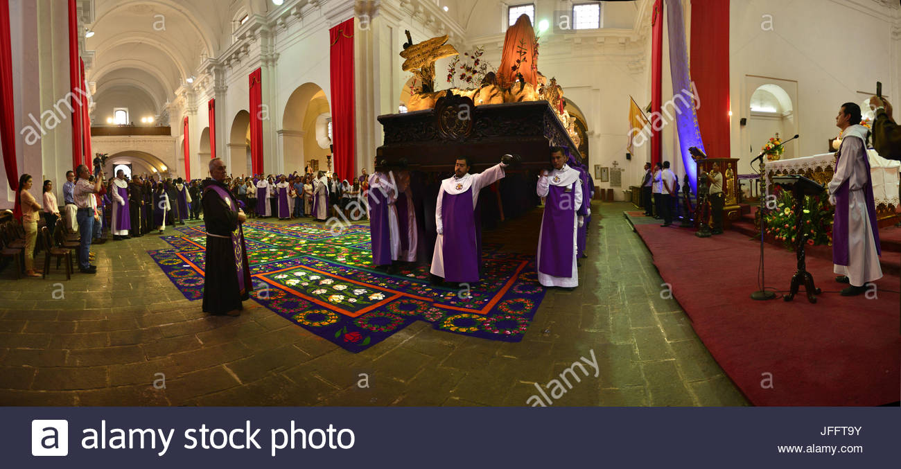 Members of the San Francisco brotherhood pause with their float before their president. - Stock Image