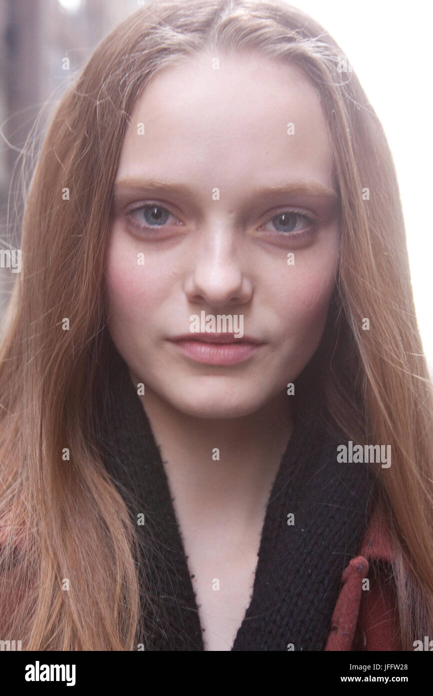 Pics Nimue Smit nudes (77 foto and video), Topless, Is a cute, Feet, cleavage 2006