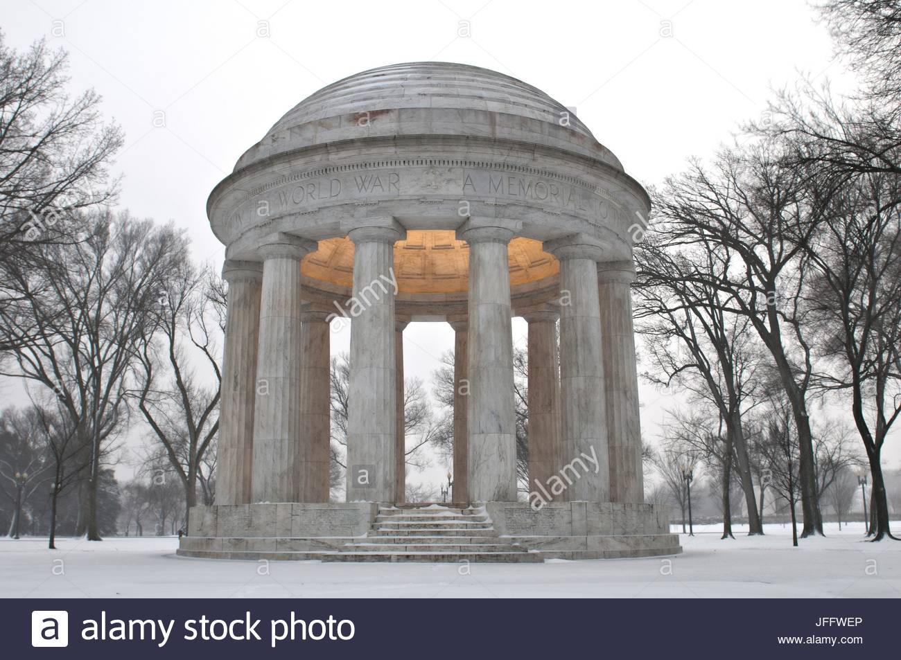 The District of Columbia War Memorial commemorates the citizens of the District of Columbia who served in World - Stock Image